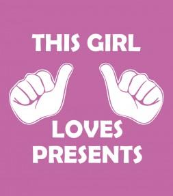 """""""This Girl Loves Presents"""" Funny Jewish Hanukkah Shirt"""