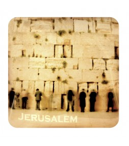 Jerusalem Magnet with Worshippers Praying at the Western Wailing Wall